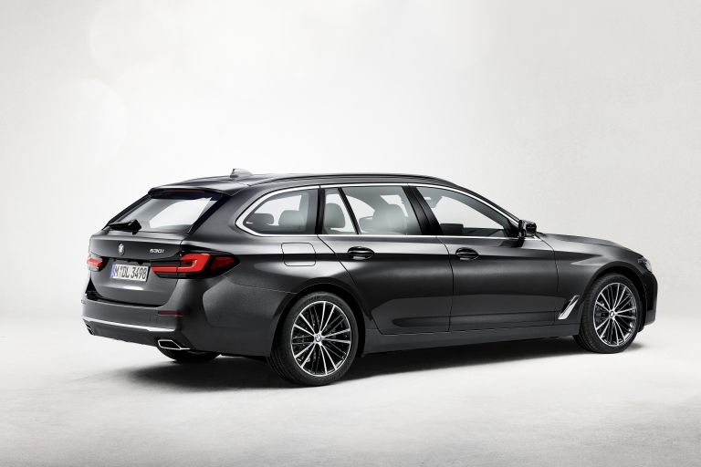 2021 BMW 530i ( G31 ) Touring 587200
