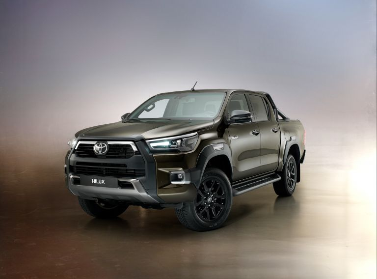 2020 Toyota Hilux 587790
