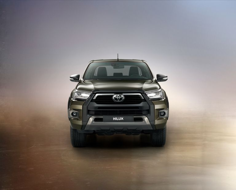 2020 Toyota Hilux 587793