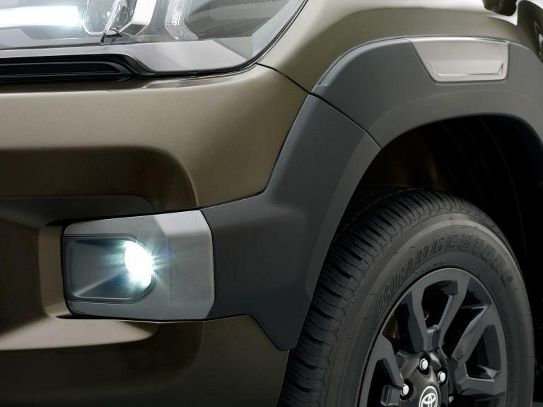 2020 Toyota Hilux 587797