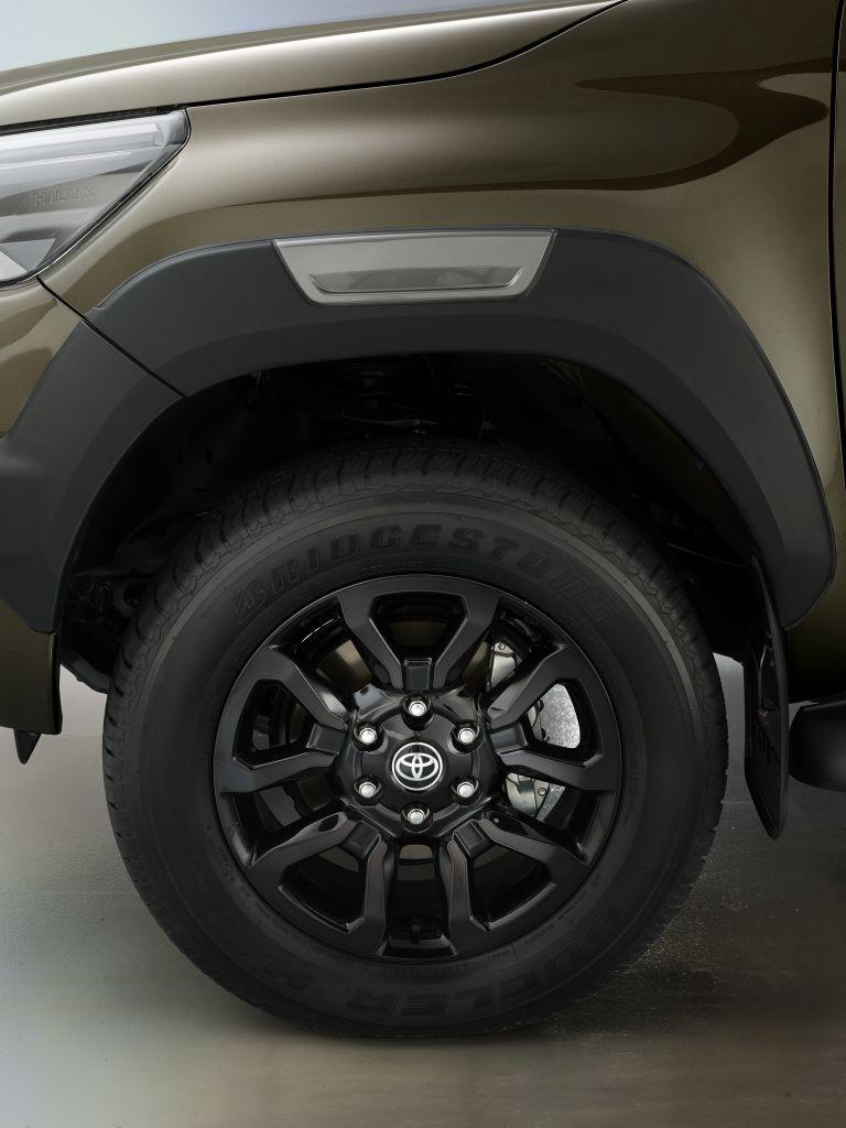 2020 Toyota Hilux 587808