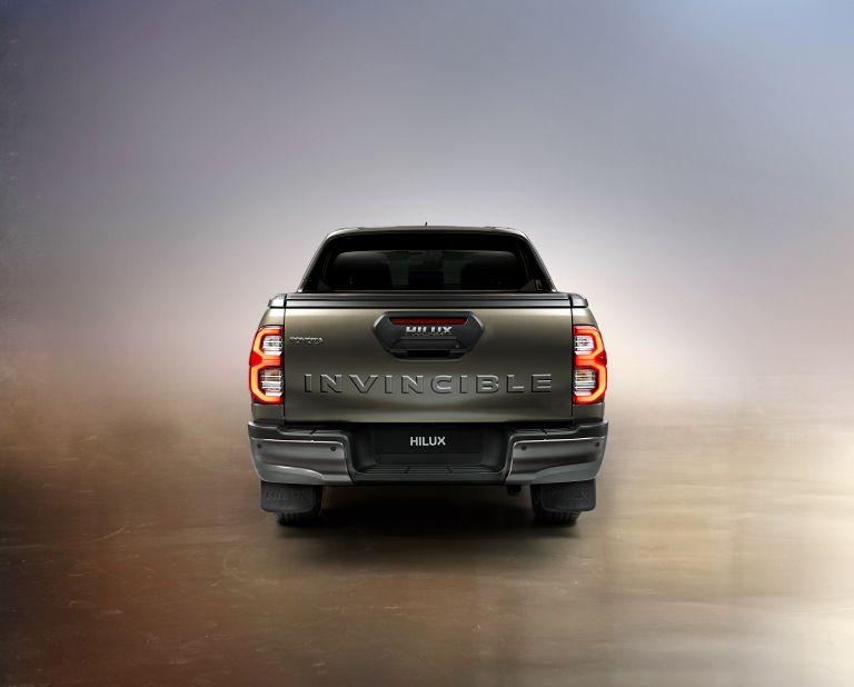 2020 Toyota Hilux 587810