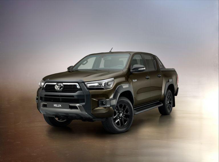 2020 Toyota Hilux 587811