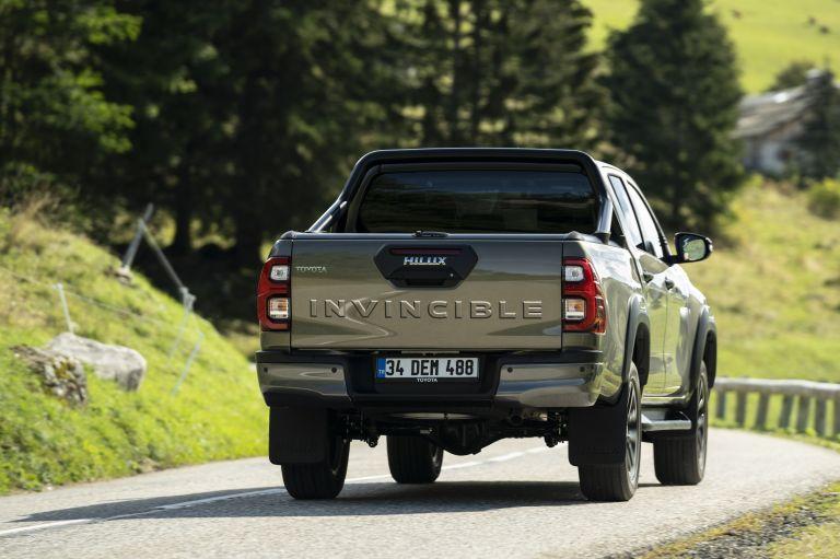 2020 Toyota Hilux 606928