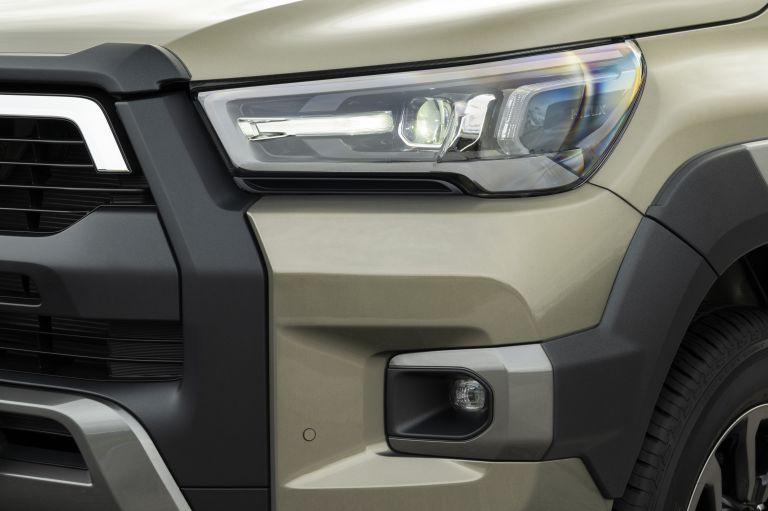 2020 Toyota Hilux 606995
