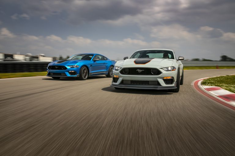 2021 Ford Mustang Mach 1 588290