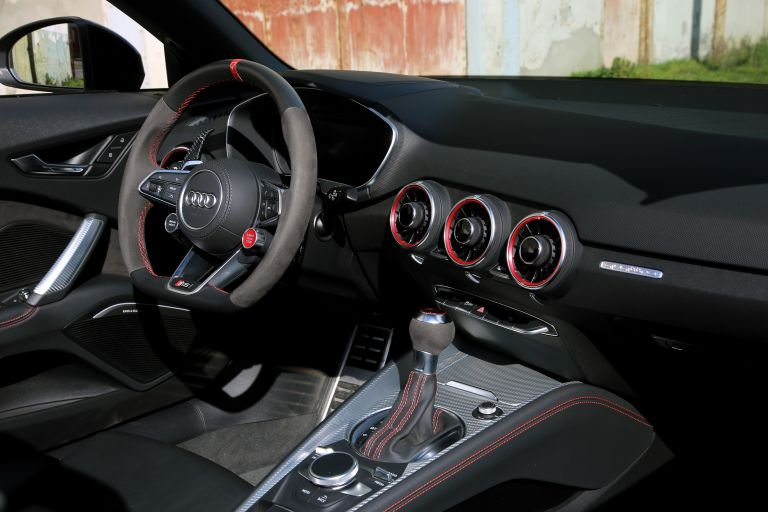 2020 Audi TT RS roadster by Urban Motors 588922