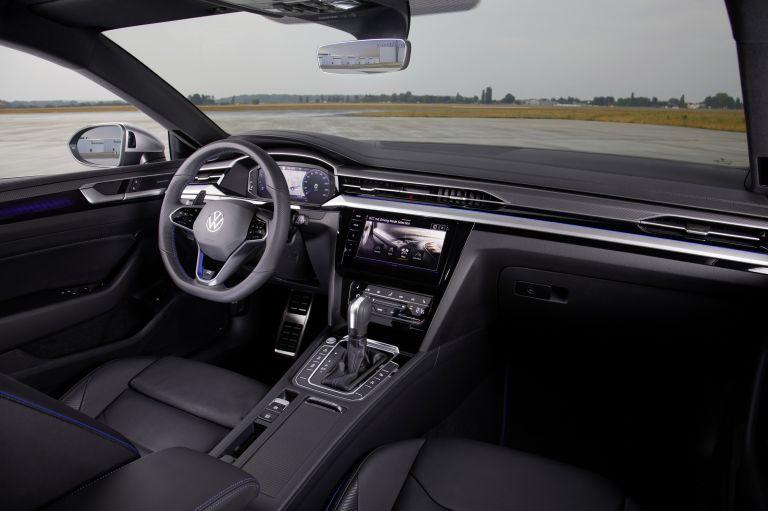 2020 Volkswagen Arteon R 589084