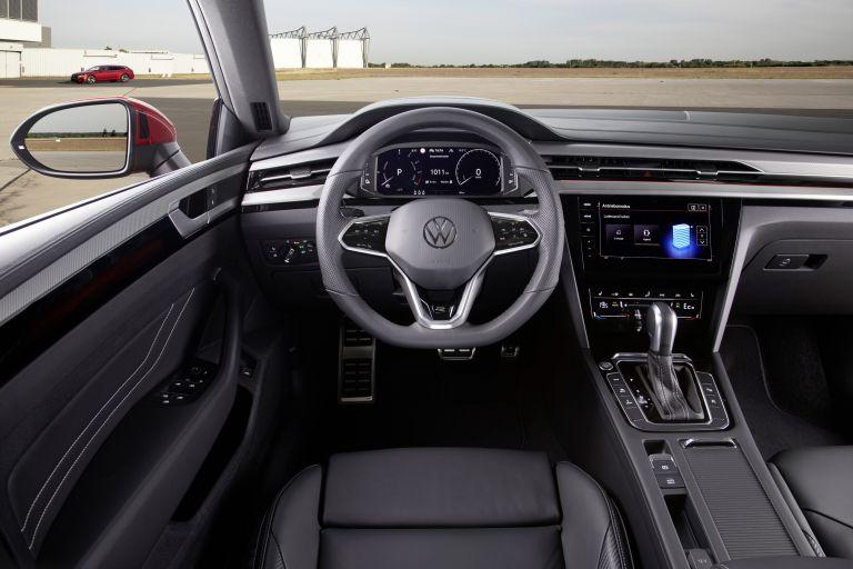 2020 Volkswagen Arteon Shooting Brake eHybrid R-Line 589142