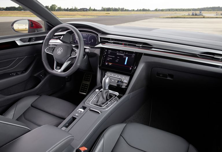 2020 Volkswagen Arteon Shooting Brake eHybrid R-Line 589149