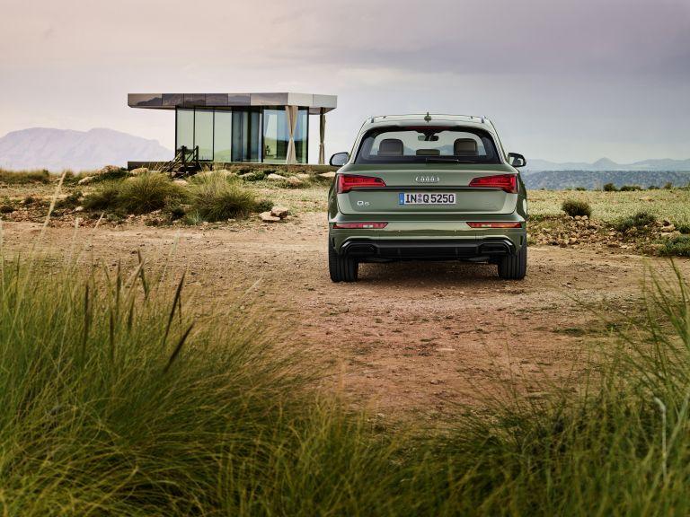 2020 Audi Q5 40 TDI quattro s-tronic 589300