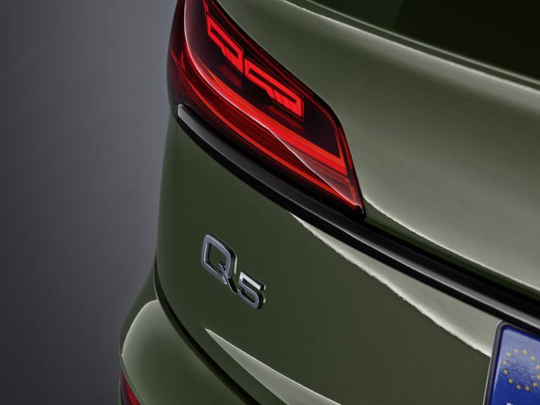 2020 Audi Q5 40 TDI quattro s-tronic 589311