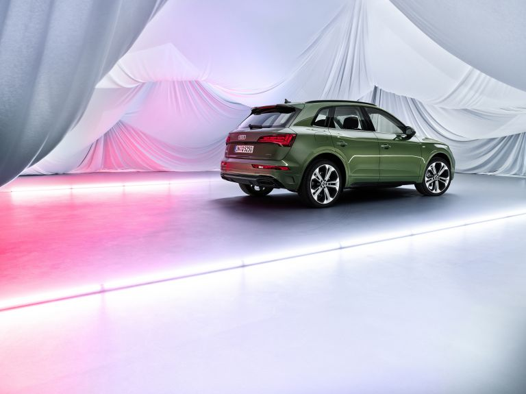 2020 Audi Q5 40 TDI quattro s-tronic 589325
