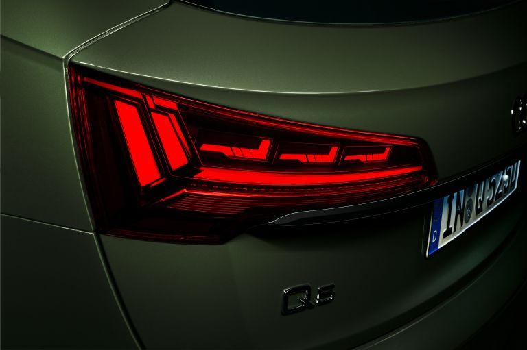 2020 Audi Q5 40 TDI quattro s-tronic 589335