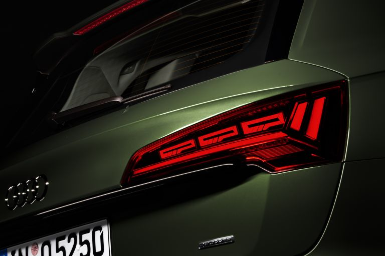2020 Audi Q5 40 TDI quattro s-tronic 589336