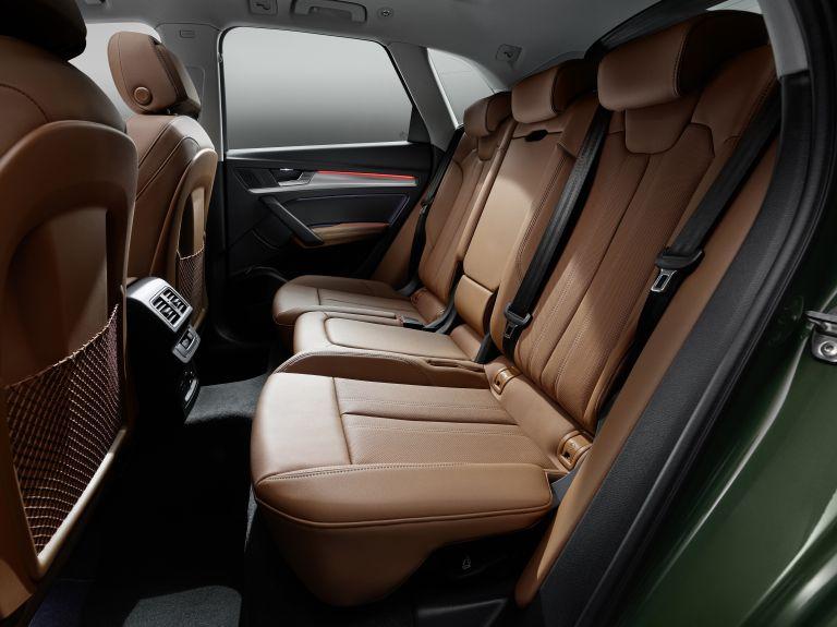 2020 Audi Q5 40 TDI quattro s-tronic 589344