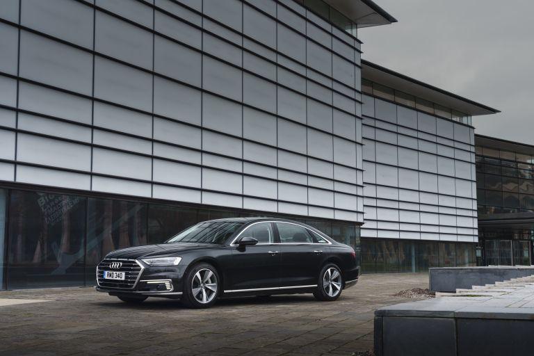 2020 Audi A8 L 60 TFSI e quattro - UK version 590477