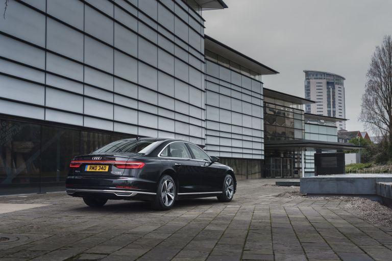 2020 Audi A8 L 60 TFSI e quattro - UK version 590483