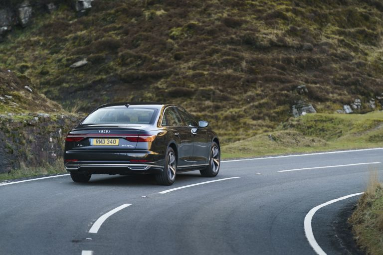 2020 Audi A8 L 60 TFSI e quattro - UK version 590510