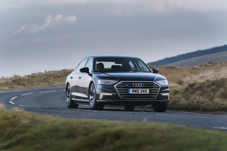 2020 Audi A8 L 60 TFSI e quattro - UK version 590523