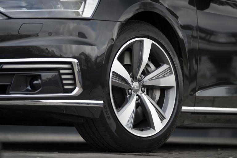2020 Audi A8 L 60 TFSI e quattro - UK version 590544