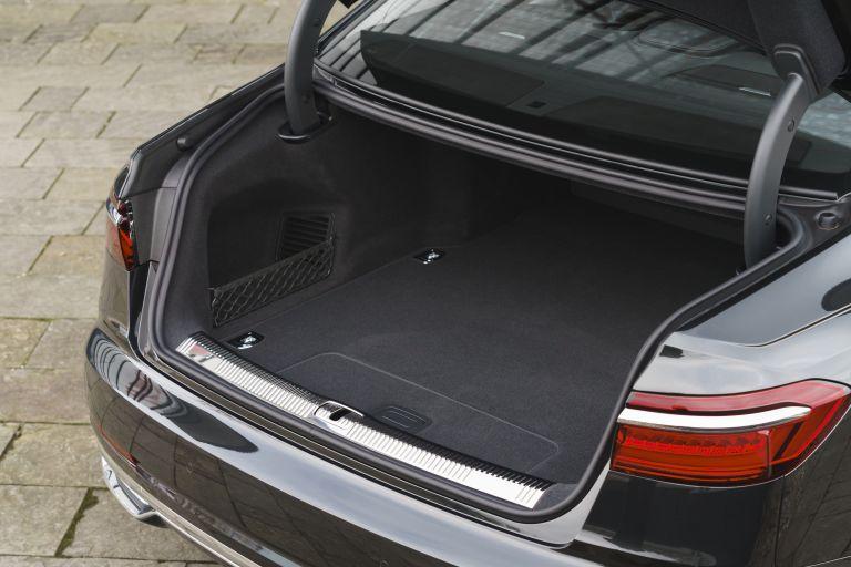 2020 Audi A8 L 60 TFSI e quattro - UK version 590552