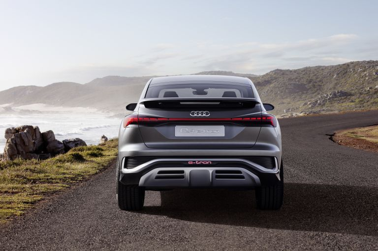 2020 Audi Q4 Sportback e-tron concept 590672