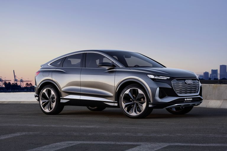 2020 Audi Q4 Sportback e-tron concept 590695