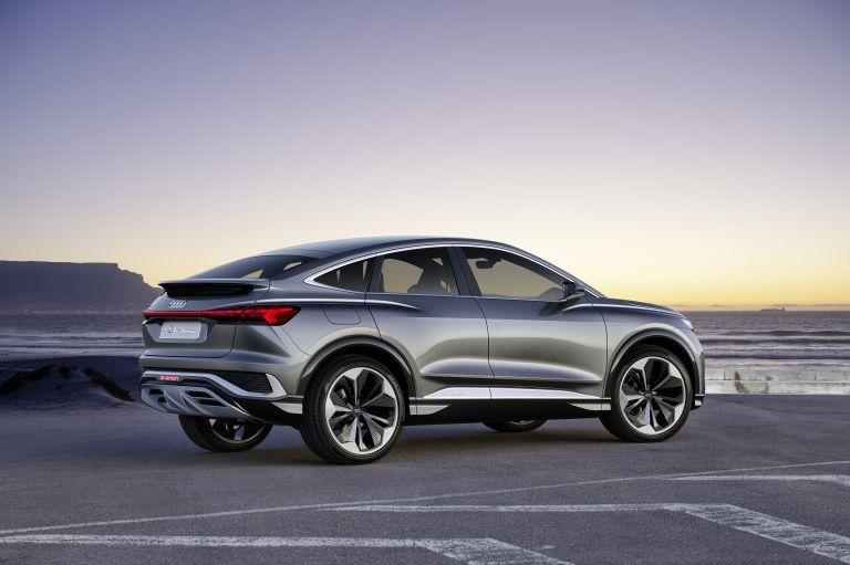 2020 Audi Q4 Sportback e-tron concept 590696