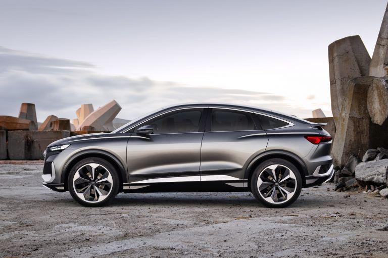 2020 Audi Q4 Sportback e-tron concept 590698