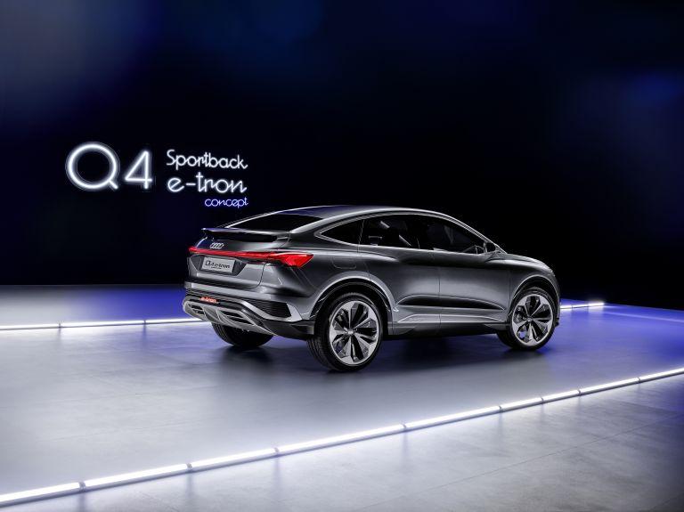 2020 Audi Q4 Sportback e-tron concept 590707