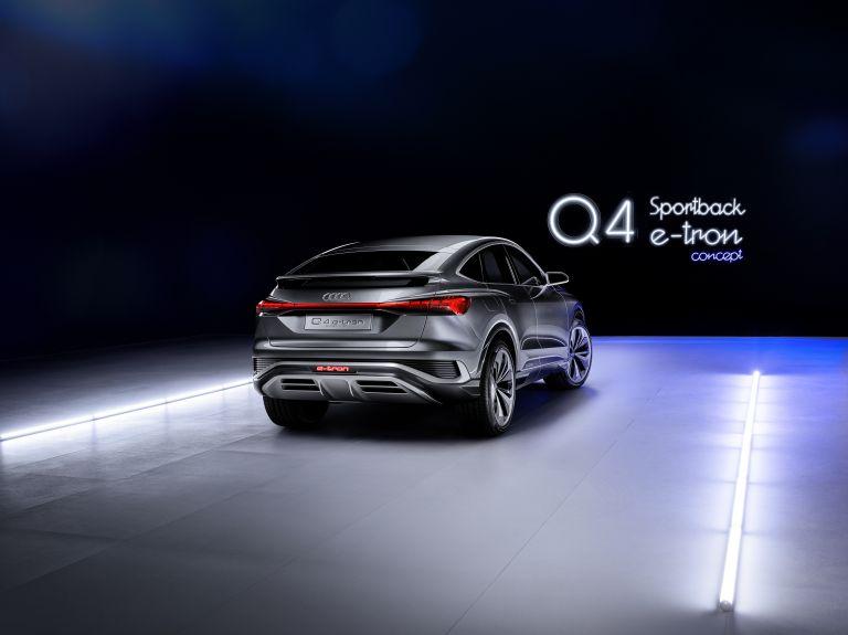 2020 Audi Q4 Sportback e-tron concept 590708