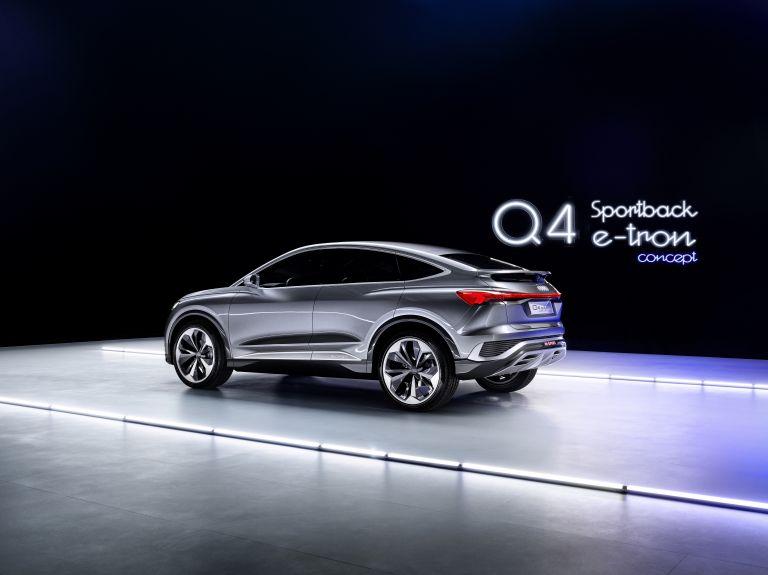 2020 Audi Q4 Sportback e-tron concept 590710