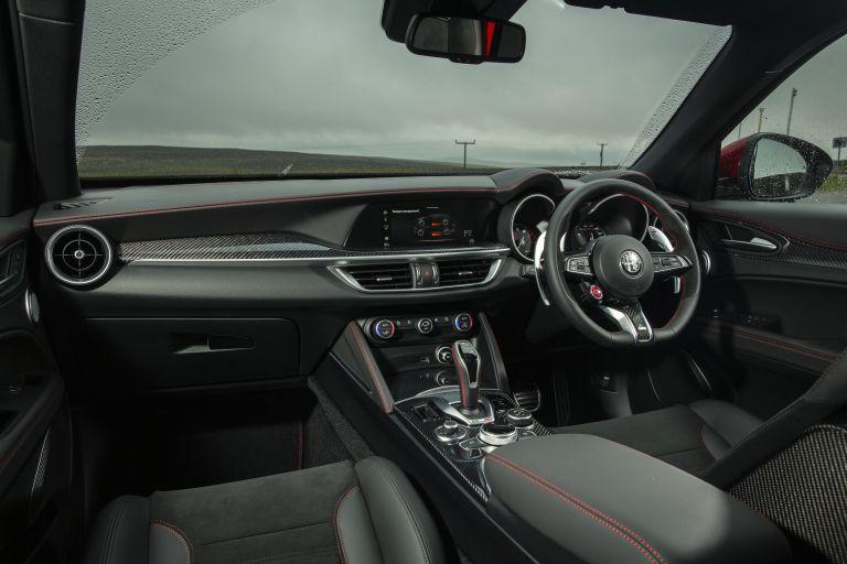 2020 Alfa Romeo Stelvio Quadrifoglio - UK version 594095