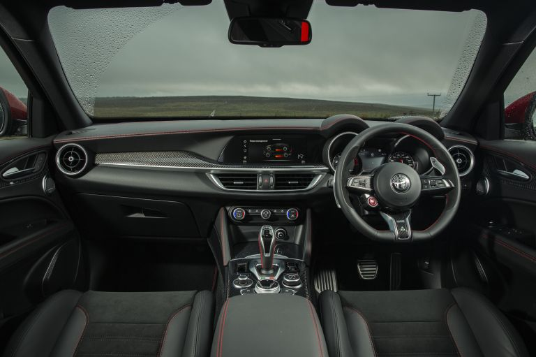 2020 Alfa Romeo Stelvio Quadrifoglio - UK version 594096