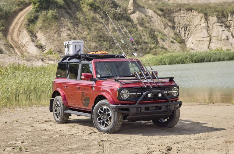 2020 Ford Bronco 4-door Outer Banks Fishing Guide concept 595012