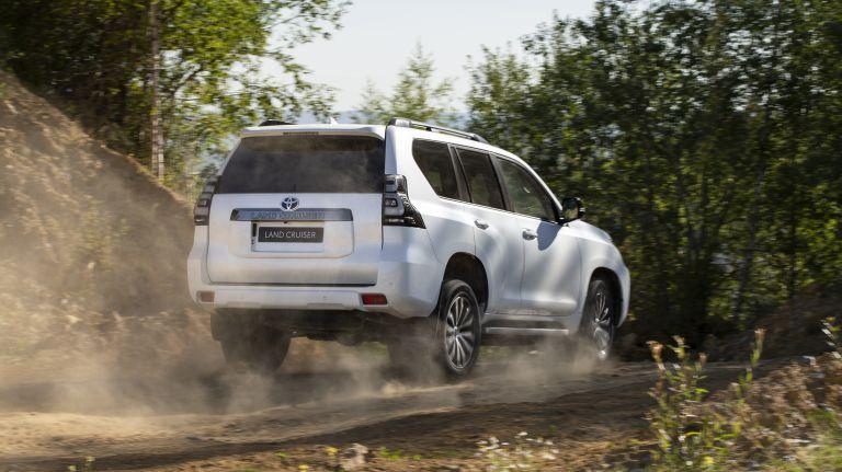 2021 Toyota Land Cruiser 595474
