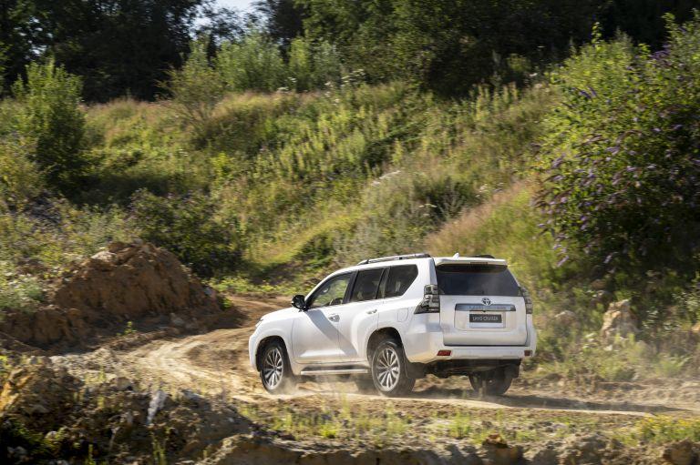 2021 Toyota Land Cruiser 595478