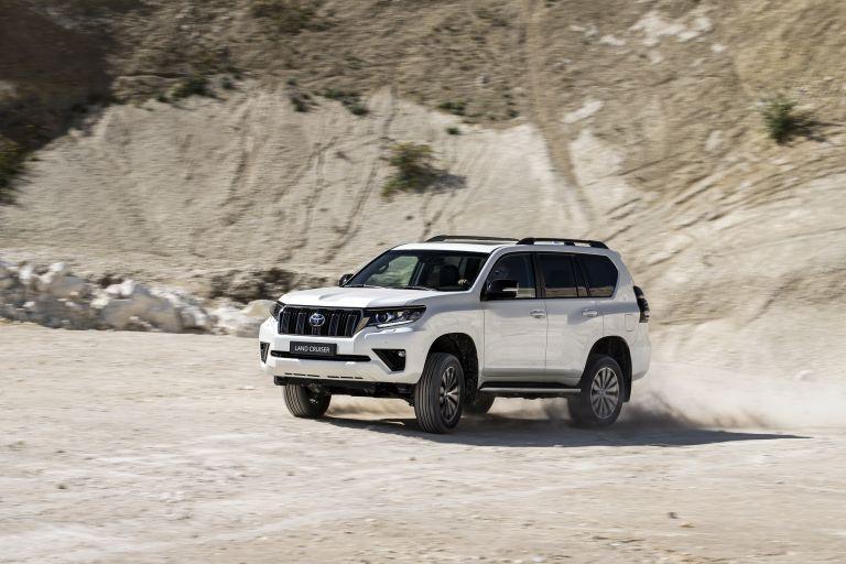2021 Toyota Land Cruiser 595488
