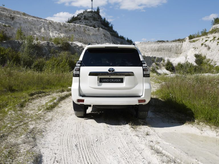 2021 Toyota Land Cruiser 595507