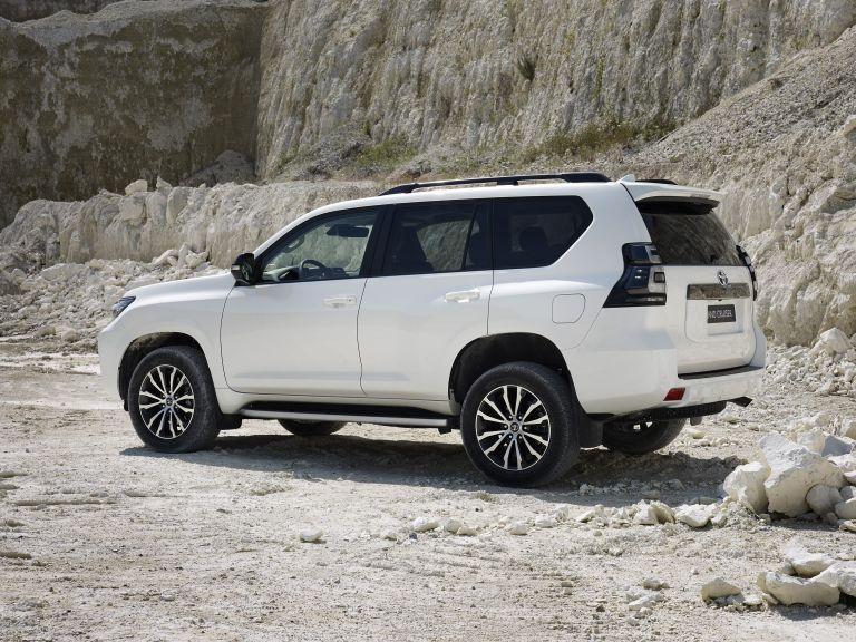 2021 Toyota Land Cruiser 595513