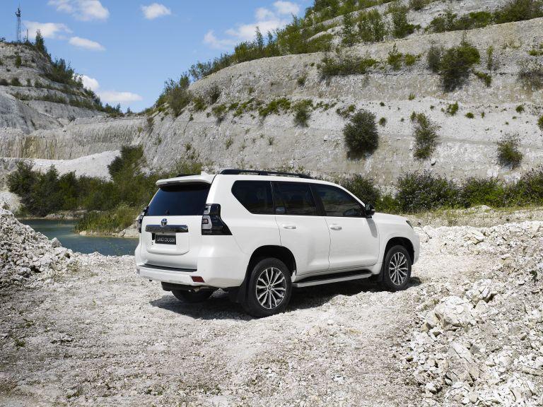 2021 Toyota Land Cruiser 595514