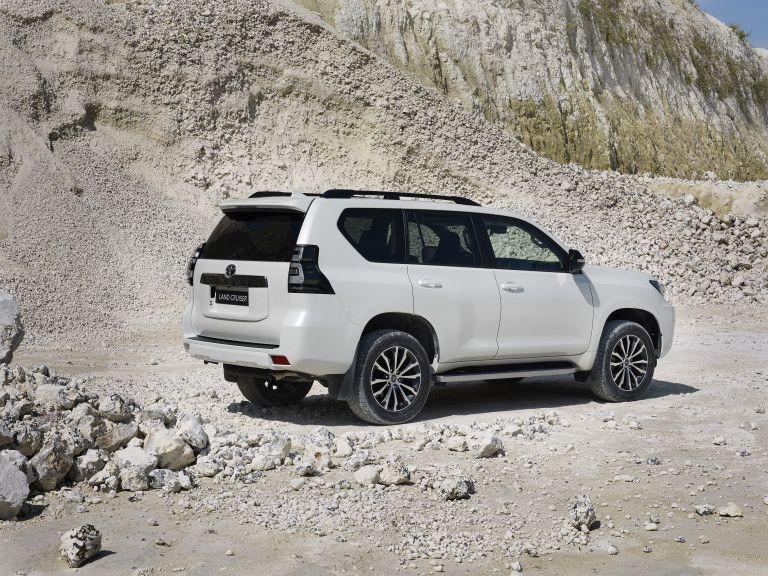 2021 Toyota Land Cruiser 595515