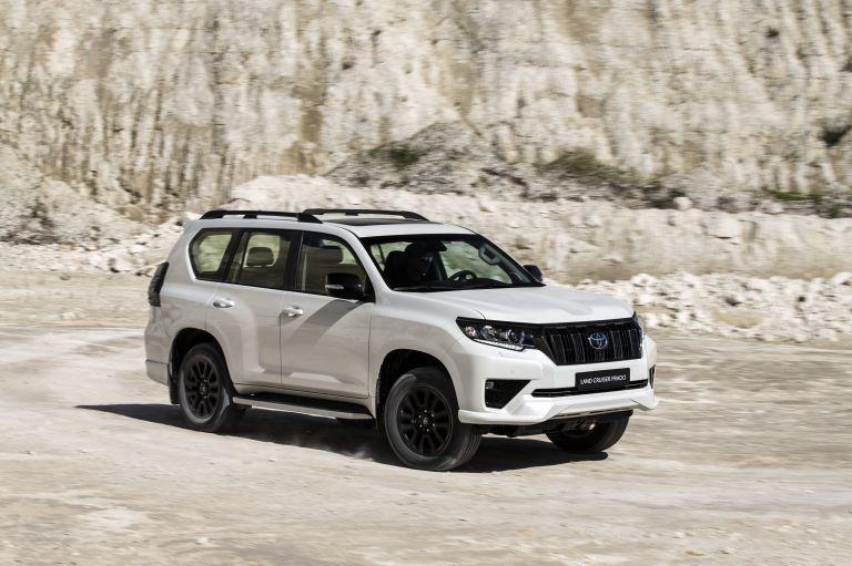 2021 Toyota Land Cruiser Prado 595557