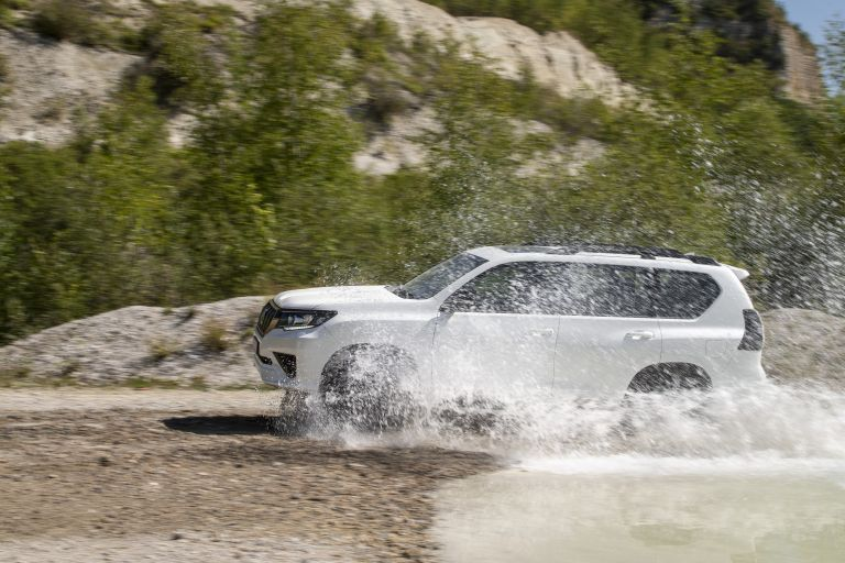2021 Toyota Land Cruiser Prado 595568