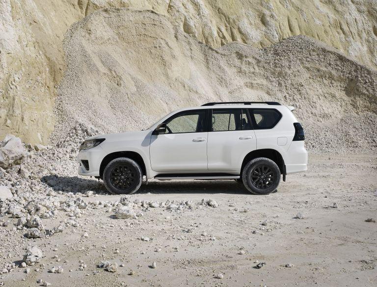 2021 Toyota Land Cruiser Prado 595585