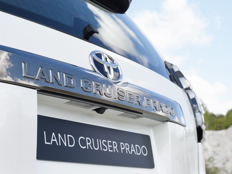 2021 Toyota Land Cruiser Prado 595604
