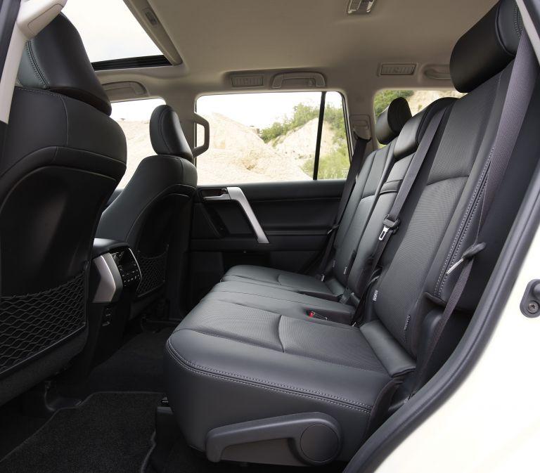 2021 Toyota Land Cruiser Prado 595607
