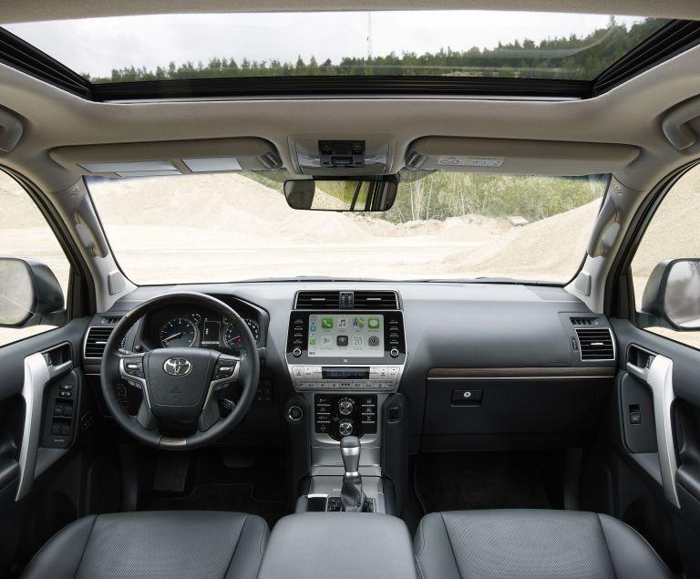 2021 Toyota Land Cruiser Prado 595609