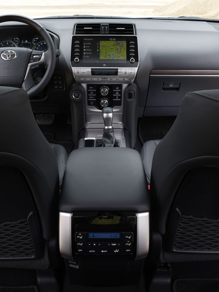 2021 Toyota Land Cruiser Prado 595610